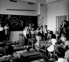 Skolavslutning svartvitt foto
